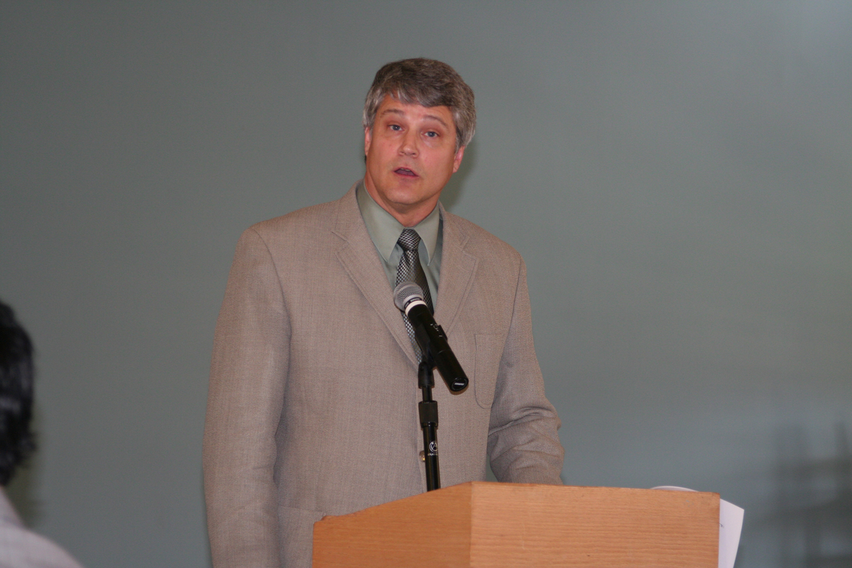 Dr. Kendall Staggs addresses the audience at the 2009 History Symposium
